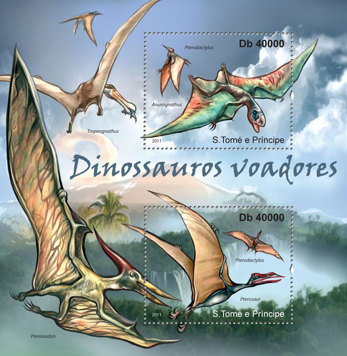 Flying Dinosaurs. - Issue of Sao Tome and Principe postage stamps