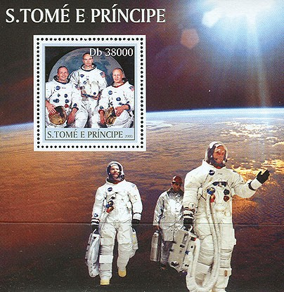 Spacemen s/s - Issue of Sao Tome and Principe postage stamps