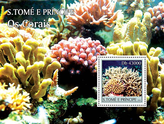 Paradise of the Oceanic - corals s/s with Rotary logo Coraux - Issue of Sao Tome and Principe postage stamps